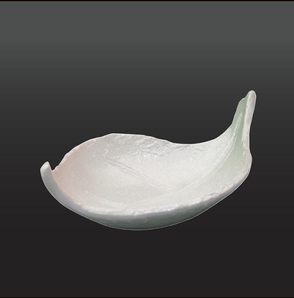 品 番:1011100001 商品名:天竜川(二色銀彩)葉型小鉢 サイズ:110×195×H60