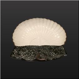 品 番:1541070005 商品名:菊割地紋葉型4.5寸向付 黒呉須渕撥水錆 サイズ:168×150×H40