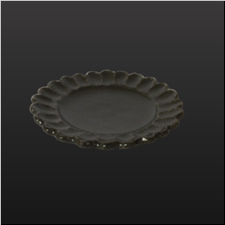 品 番:1031130009 商品名:黒唐津輪花皿 サイズ:90×H19