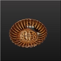 品 番:1541130001 商品名:菊彫型3.5寸皿 飴釉 サイズ:106×106×H30