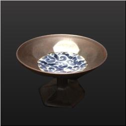 品 番:1541260002 商品名:4寸六角花彫高台鉢 錆巻見込染付蛸唐草 サイズ:120×120×H80