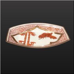 品 番:1571110005 商品名:舟型皿 赤絵松竹梅 サイズ:172×108×H28