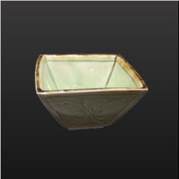 品 番:1571100004 商品名:角小鉢 灰釉花彫 サイズ:97×94×H57