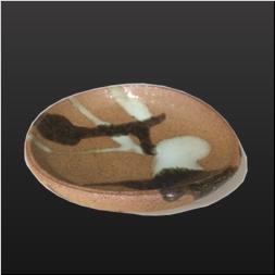 品 番:1021130007 商品名:柄杓がけ朝鮮唐津楕円豆皿 サイズ:88×83×H24